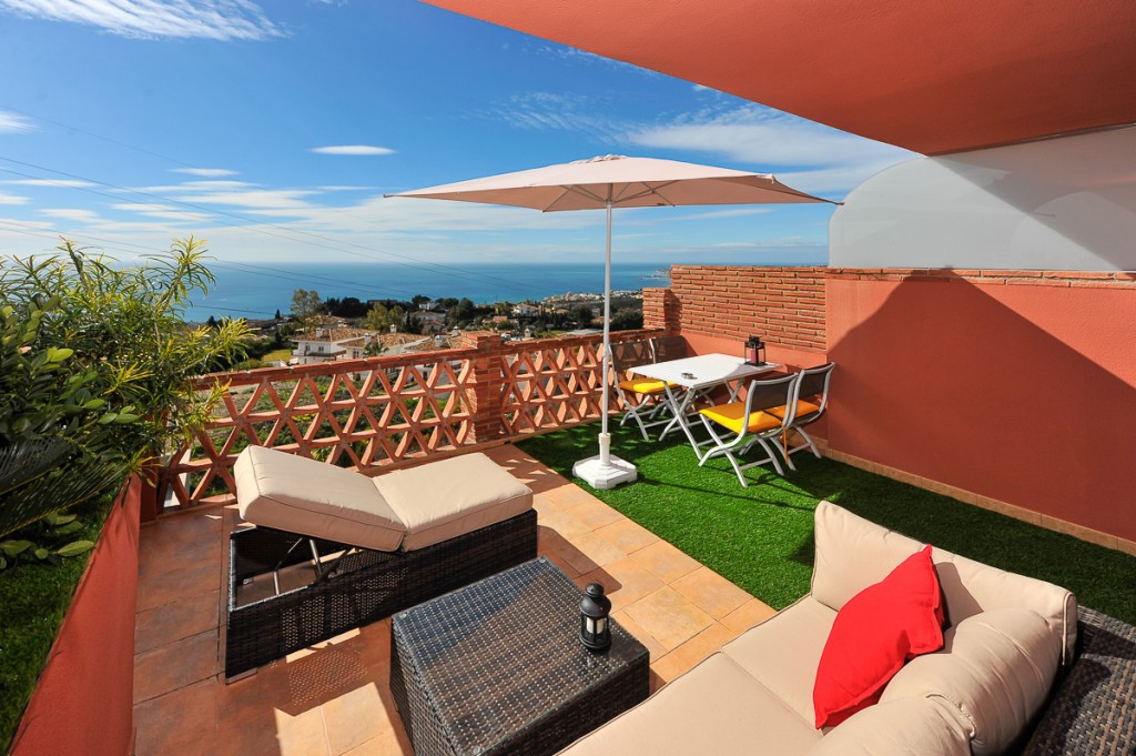 Fantastic  3 bedroom penthouse apartment in one of the best areas of Benalmadena, close restaurants,,Spain