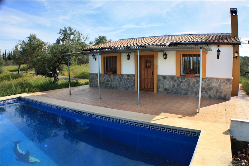 This is a beautiful country property in Alhaurin el Grande.  The house is in a very nice condition a,Spain