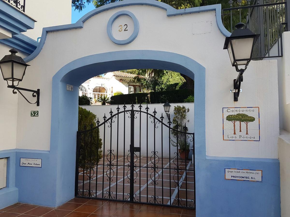 En pleno centro de Marbella situado en una calle tranquila , sin ruidos, cerca de comercios, servici,Spain