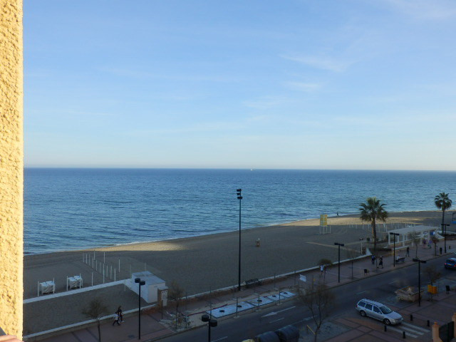 Beautiful sunny apartment on beachfront with 1 double bedroom, 1 bathroom, fully fitted and independ,Spain