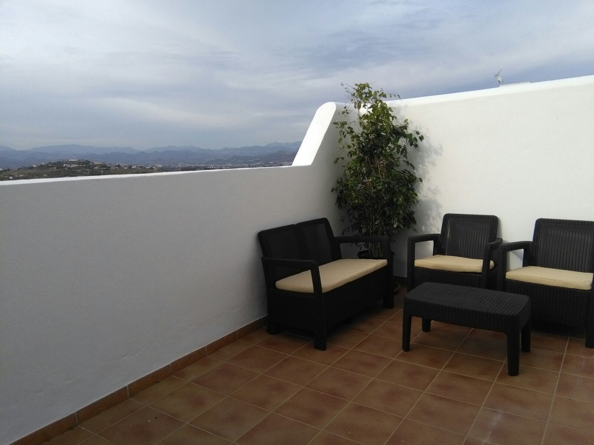 Beautiful 1 bedroom apartment with panoramic views over the countryside, with Malaga city in the bac,Spain