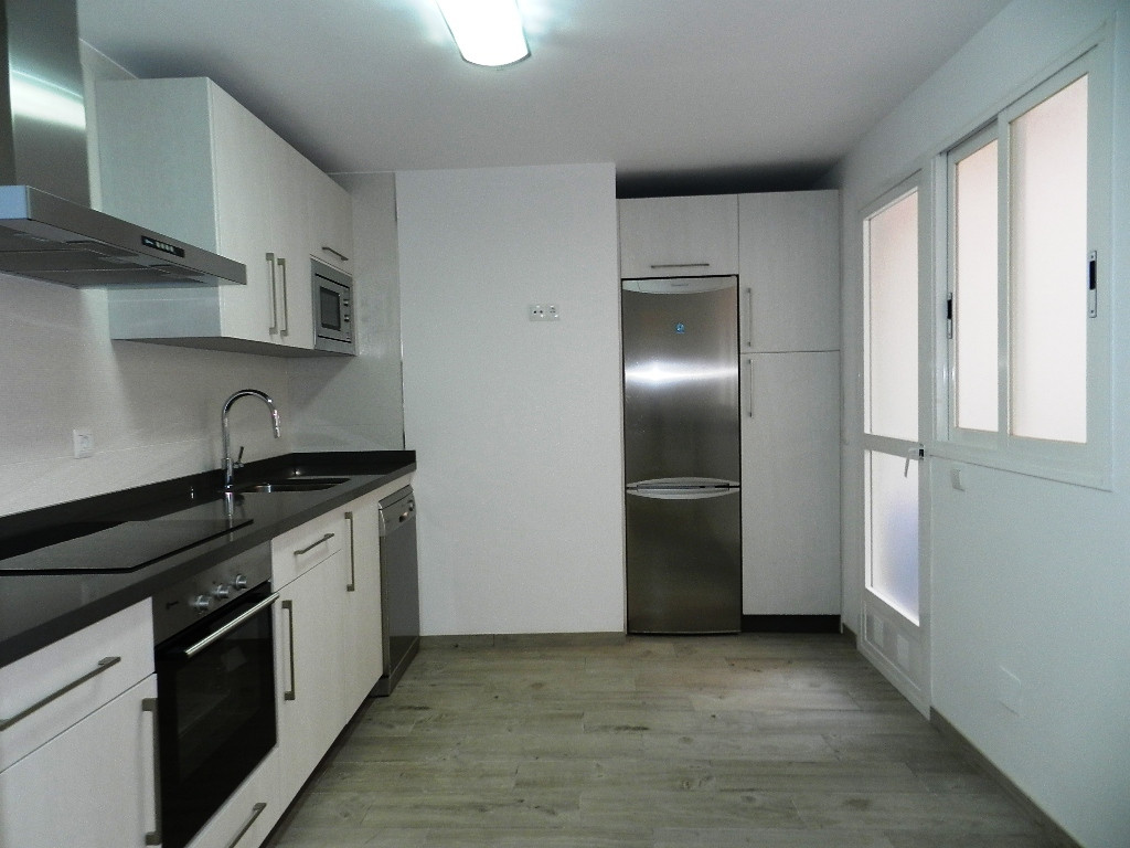 Recently refurbished 4 bed in the heart of Marbella Center (sea side) An excellent option as permane,Spain
