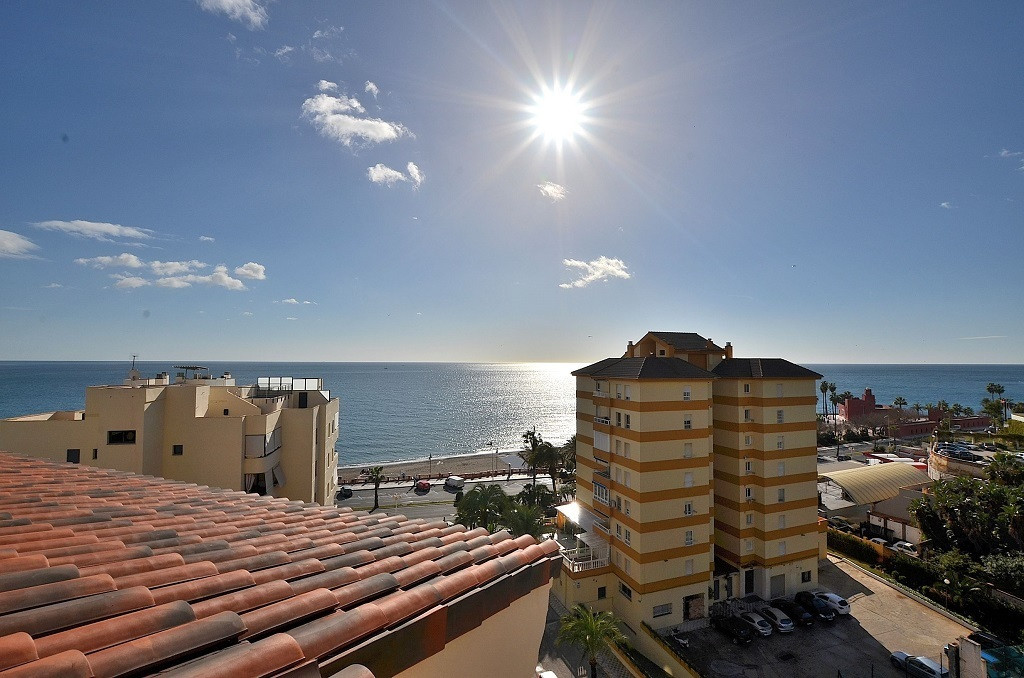 JUST REDUCED FROM 375.000 € to 349.000 €!  WONDERFUL DUPLEX CORNER PENTHOUSE WITH FANTASTIC SEA VIEW,Spain