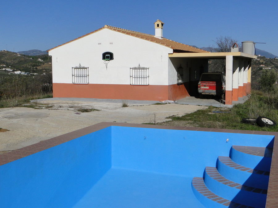 Finca situated in a private location surrounded by beautiful countryside with stunning panoramic vie,Spain