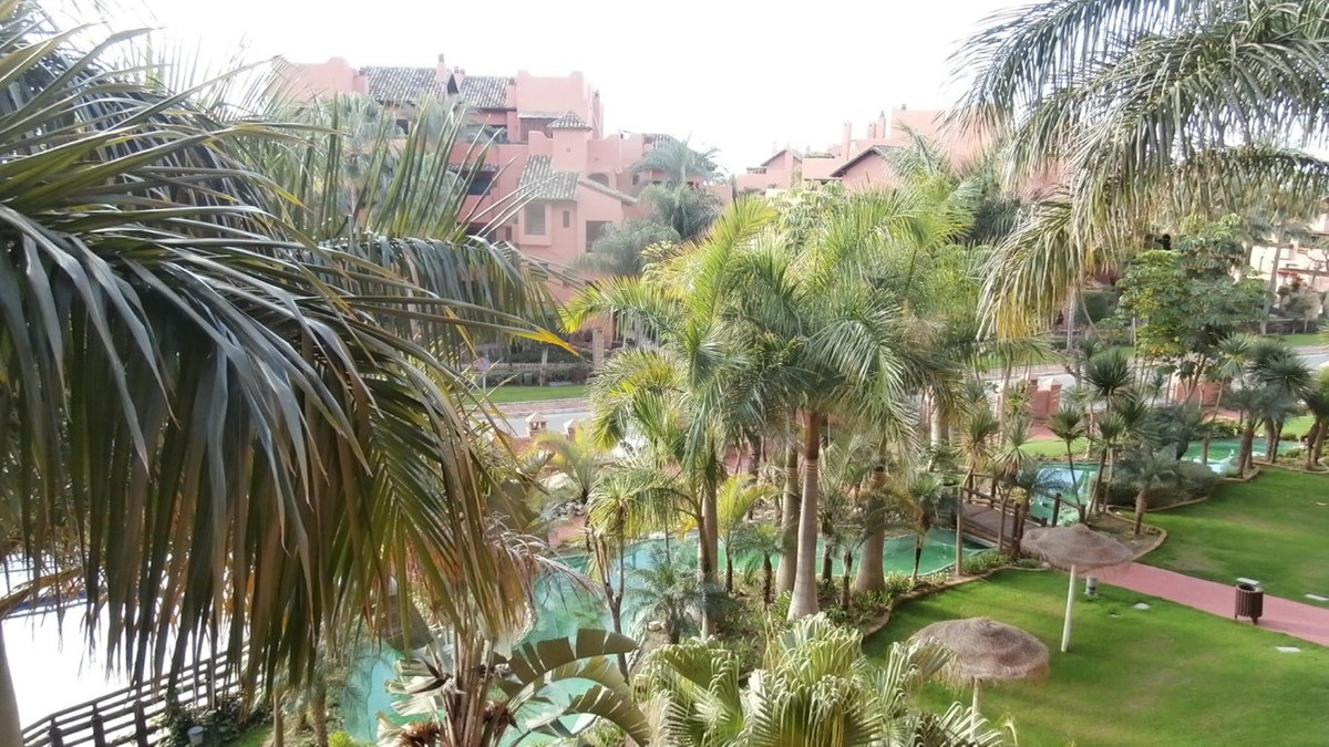 Luxury apartment with bright and spacious living room, marble floors, automatic control system and a,Spain