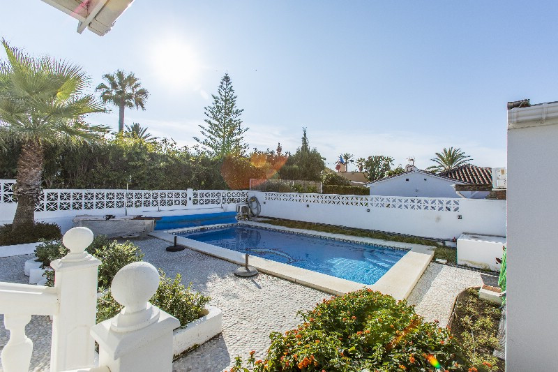 Cozy tastefully renovated villa located on the beach side of Marbella. Only  a few minutes walk from,Spain