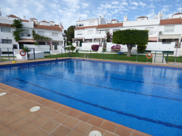 Immaculate condition, corner townhouse in Mijas-Costa. It consists of 2 floors plus solarium and bas,Spain