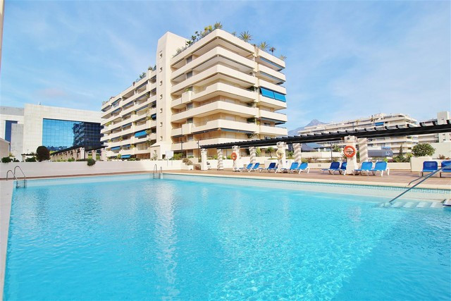 Elegant apartment for sale in Puerto Banus. In perfect condition, with excellent location and with a,Spain