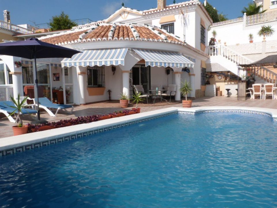 A first class detached villa in a great location, close to Torre del Mar, Benajarafe and Almayate, w,Spain