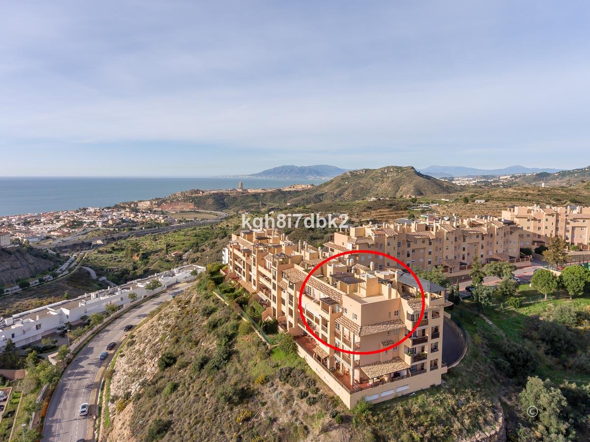 Penthouse with roof terrace in Lomas de Procusan  Beach 2600m. Centro Comercial Rincon de la Victori,Spain