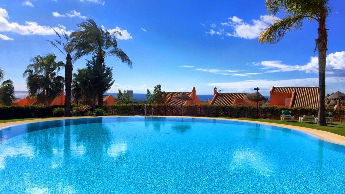 Beautiful apartment in Los Lagos de Santa Maria Golf with sea and lake views. The property comprises, Spain