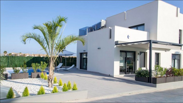 Modern luxury American style villas, open plan light and airy in Agua Nuevas, Torrevieja with marvel,Spain