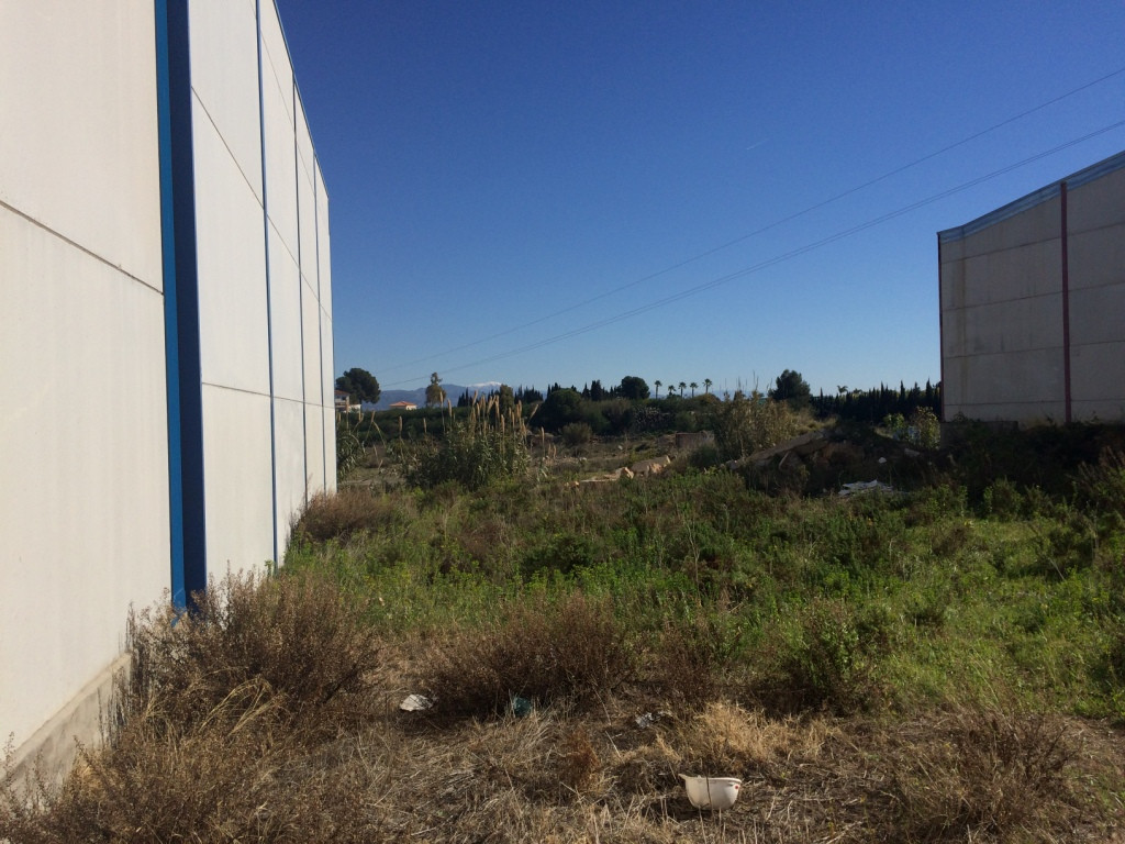 Sale of land in industrial and commercial area. It is located in Alhaurin de la Torre, perfect commu, Spain