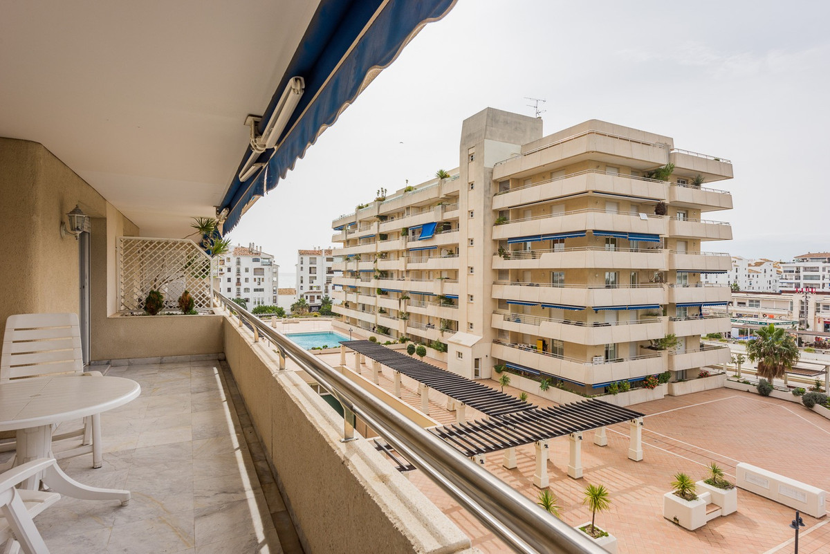 Apartment for sale in Marina Banus, Marbella - Puerto Banus, with 2 bedrooms, 2 bathrooms, 1 en suit, Spain
