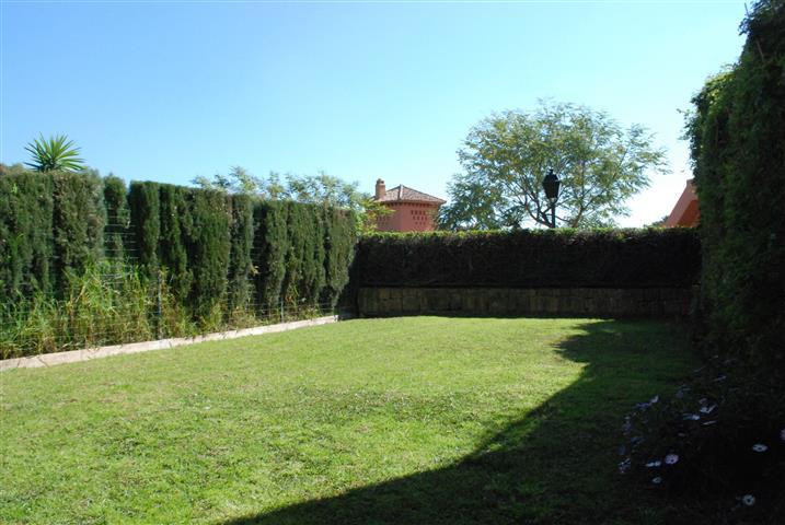 A superb 2 bedroom south facing elevated ground floor apartment in Palacetes Los Belvederes, with a ,Spain