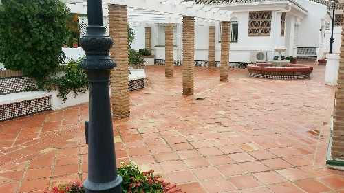 Semi-detached house in a gated and very quiet urbanization in Mijas Costa. It has a build of 90 m² d,Spain