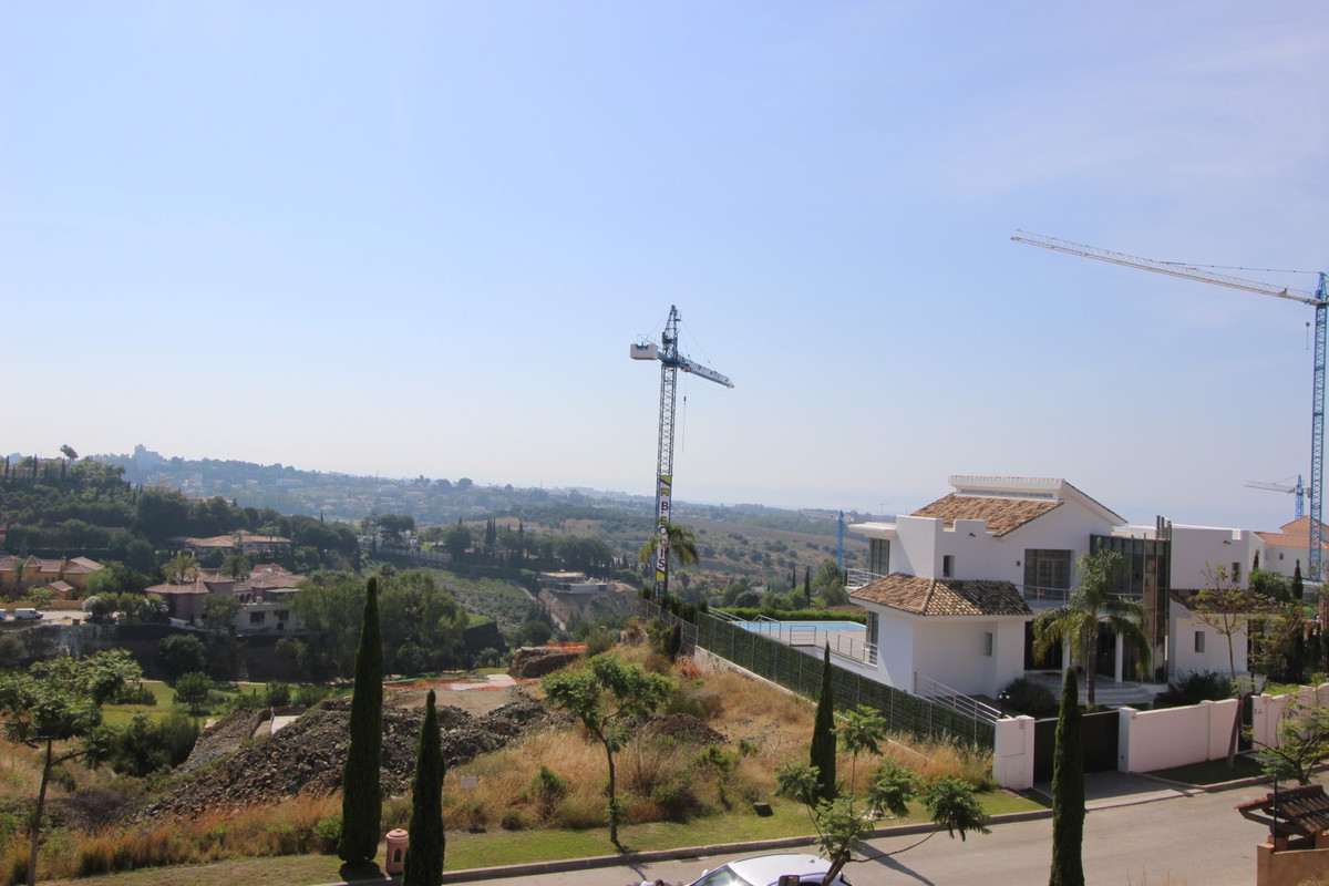 Residential Plot, Benahavis, Costa del Sol. Garden/Plot 1578 m².Edificability 22%  Setting : Close T, Spain