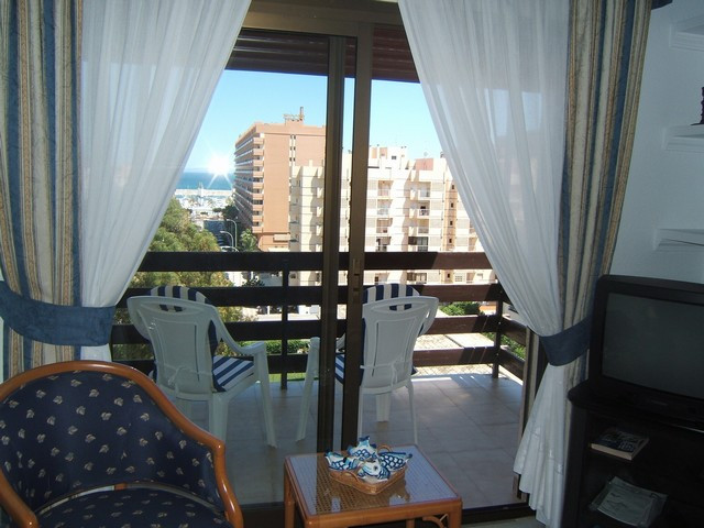 Absolutely top apartment of 2 bedrooms, 1 bathroom, livingroom with diningarea and fitted kitchen. L, Spain