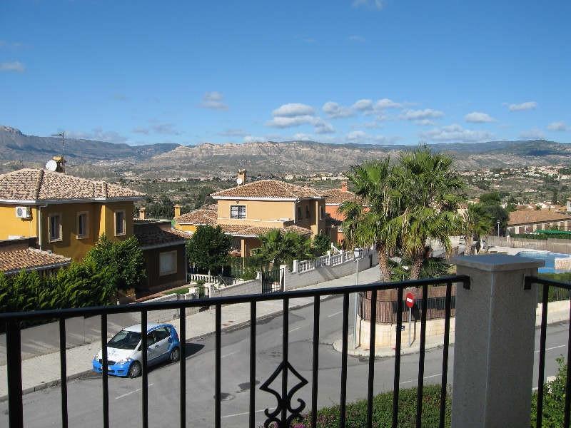 Plot: 40 m². Private parking space. Distances. Beach: 6 Km. City: 0 Km.  Golf course: 4 Km. Plot: 40,Spain