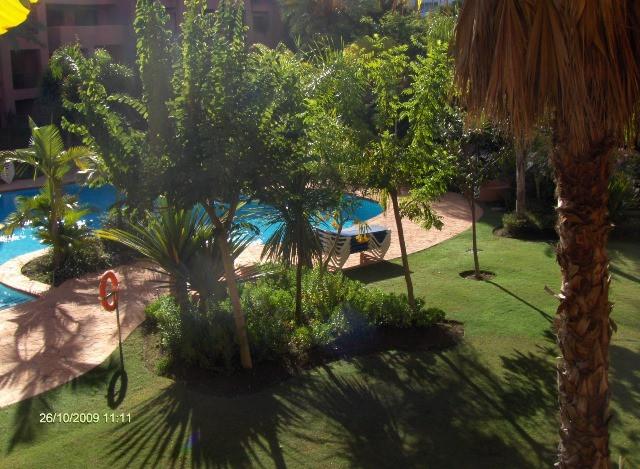 Apartamento de dos dormitorios, dos banos, cocina, salon, terraza, aire acondicionado, bomba de calo,Spain