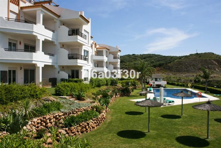 Property: The apartment has marble flooring throughout except in the kitchen which has ceramic tiles, Spain