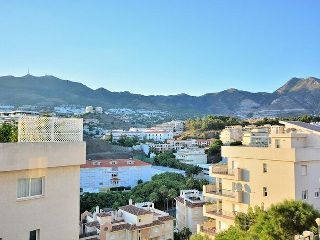 GREAT APARTMENT ONLY 200 METRES WALKING DISTANCE TO THE BEACH IN BENALMADENA COSTA - Modern property, Spain