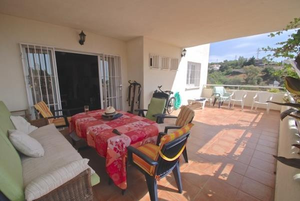 This spacious property is located in the quiet and residential area of Torreblanca. It comprises two, Spain