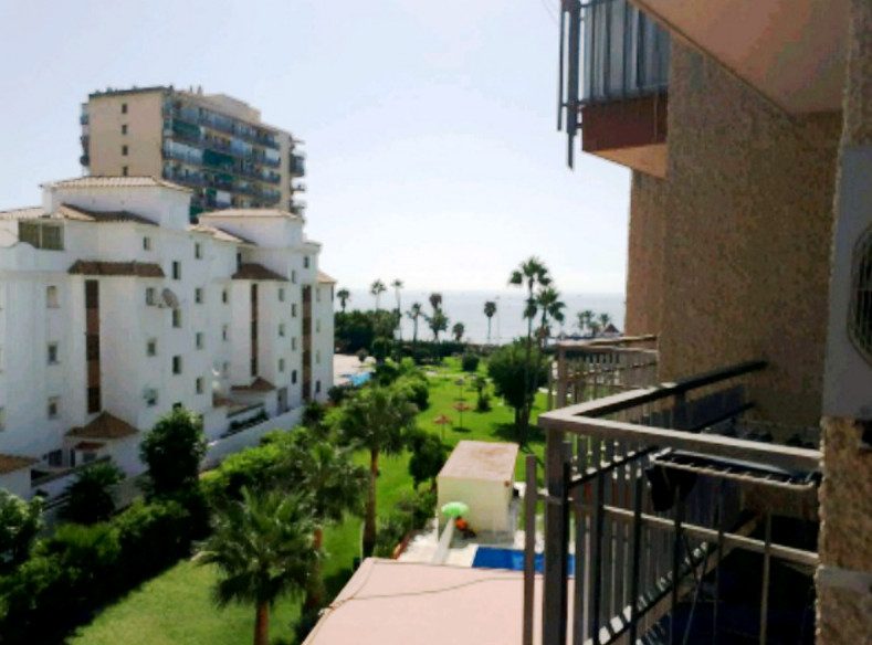 Studio completely renovated in Benalmadena Costa with sea views. Located in a private urbanization i,Spain