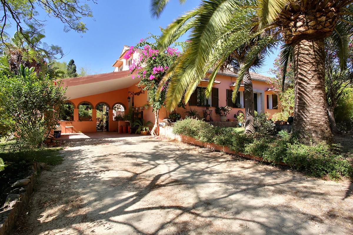 Reserved December 2017  A delightful country house that is part of the historic Larios family estate,Spain