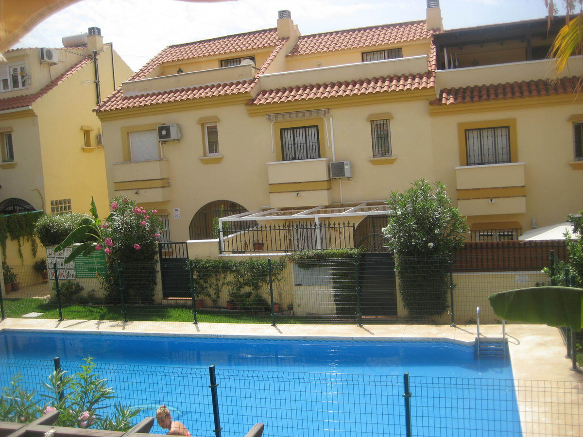 Beautiful family town house close to all the services in Los Pacos, Fuengirola. Close to schools als, Spain