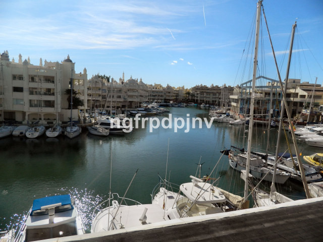 3 bedroom spacious apartment in Marina with nice sea views. The property is perfect for investment o, Spain