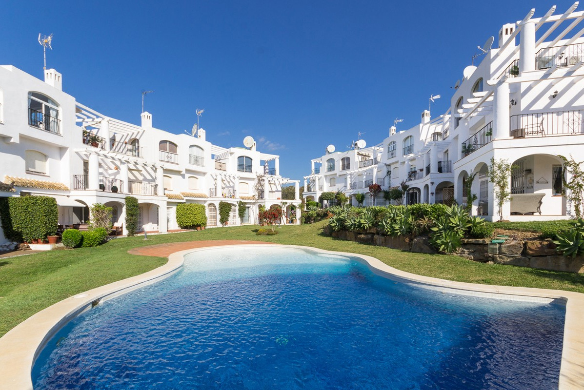 Fabulous property located just outside Puerto de la Duquesa, and just a short walk to the beach! Upo,Spain