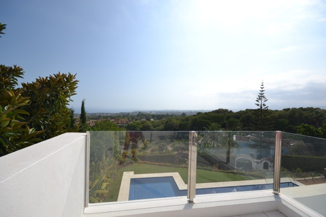 Super Modern and Elegance Semidetached in Sierra Blanca with Panoramic views from the living room, T,Spain