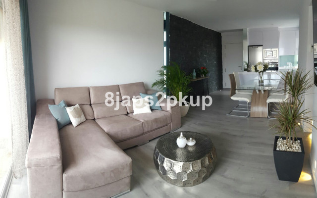 Modern and Contemporary apartment in Estepona centre!!!!, Call us for viewings is so beautiful......, Spain