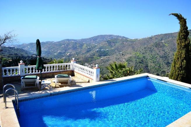 BEAUTIFUL DETACHED COUNTRY VILLA WITH STUNNING PANORAMIC VIEWS AND COMPLETELY PRIVATE  Located betwe,Spain