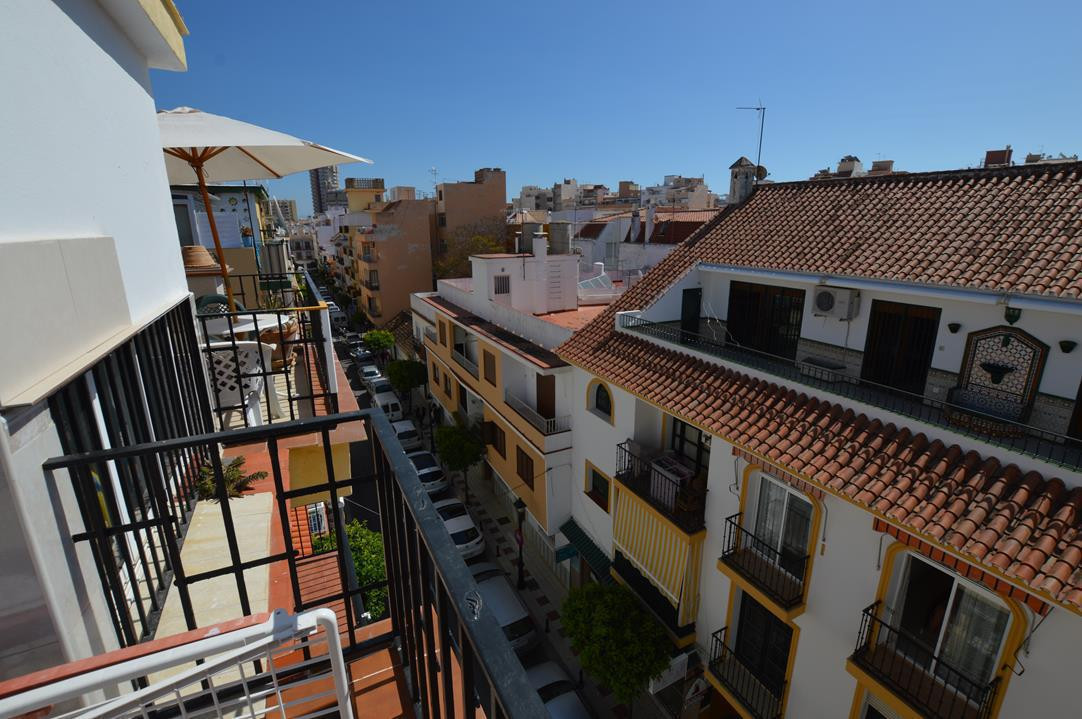 PENTHOUSE WITH SUNNE ROOF TERRACE IN THE HEART OF OLD PART FUENGIROLA STEPS AWAY FROM THE BEACH AND , Spain