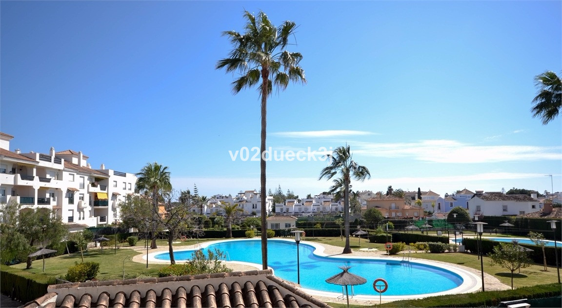 Very nice apartment with two bedrooms on the first floor, located in a well maintained urbanization ,Spain