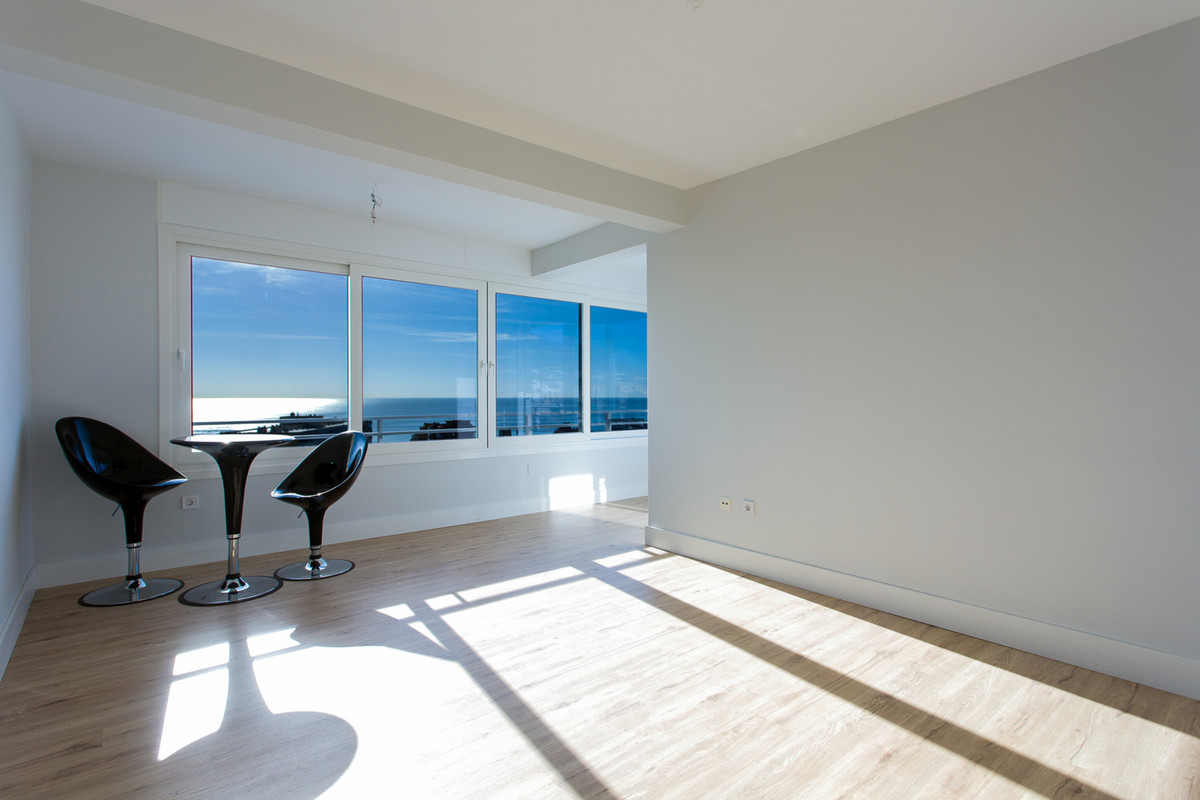 """""""Decide to be happy! Do not hesitate, this apartment will inspire you. Completely reformed, bra,Spain"""