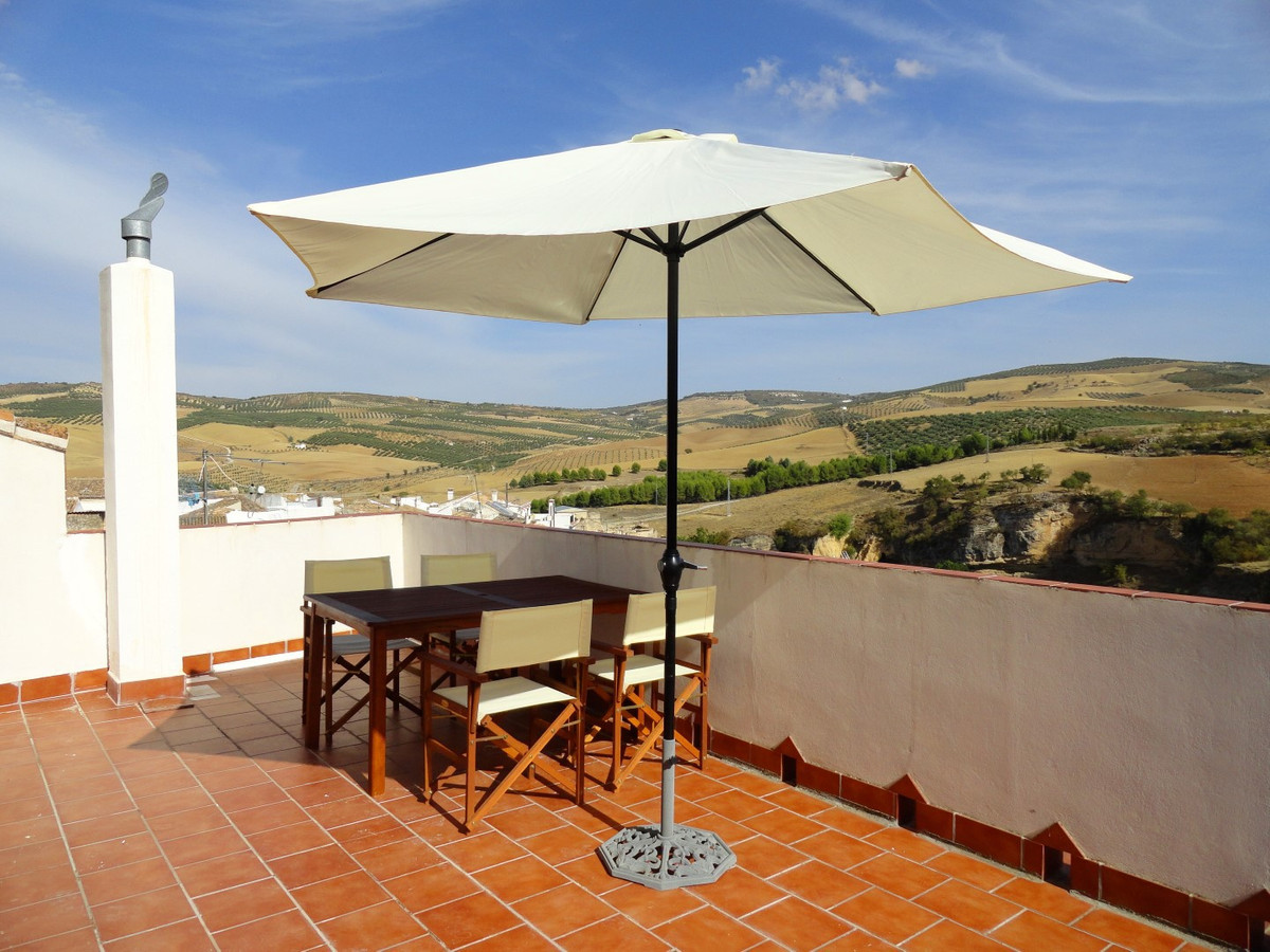 Large town house in Alhama de Granada Ideal B&B / hotel opportunity Beautiful large townhouse (b, Spain