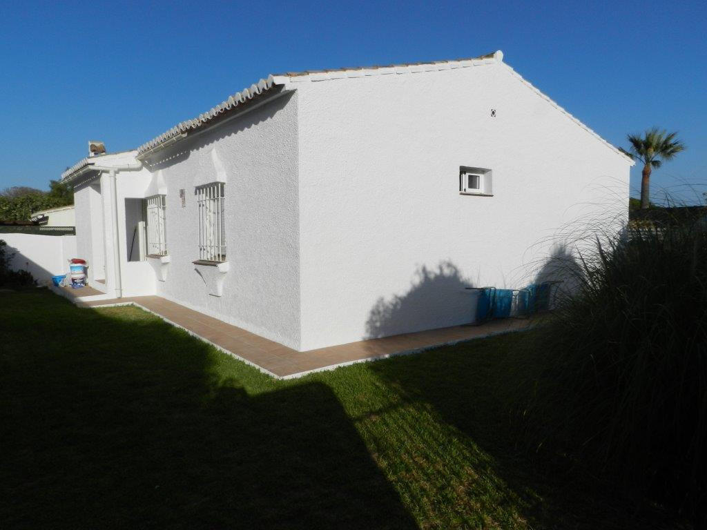 DETACHED VILLA 3 BEDROOMS IN CALYPSO  Chalet Bungalow, Situated in a quiet cul-de sac but within a w, Spain