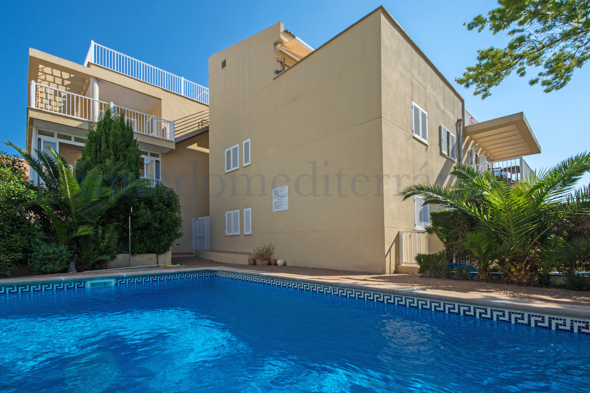 Beautifully decorated property located in the sought after location of Puerto Pollenca in the north ,Spain