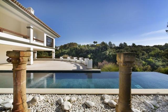 Detached Villa, Sotogrande Alto, Costa del Sol. 9 Bedrooms, 9 Bathrooms, Built 1385 m², Ter,Spain