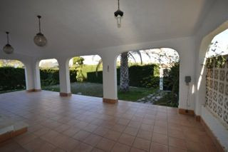 BEAUTIFUL SOUTH FACING DETACHED VILLA IN LA ZENIA, ORIHUELA COSTA. It is situated in a quite road on, Spain