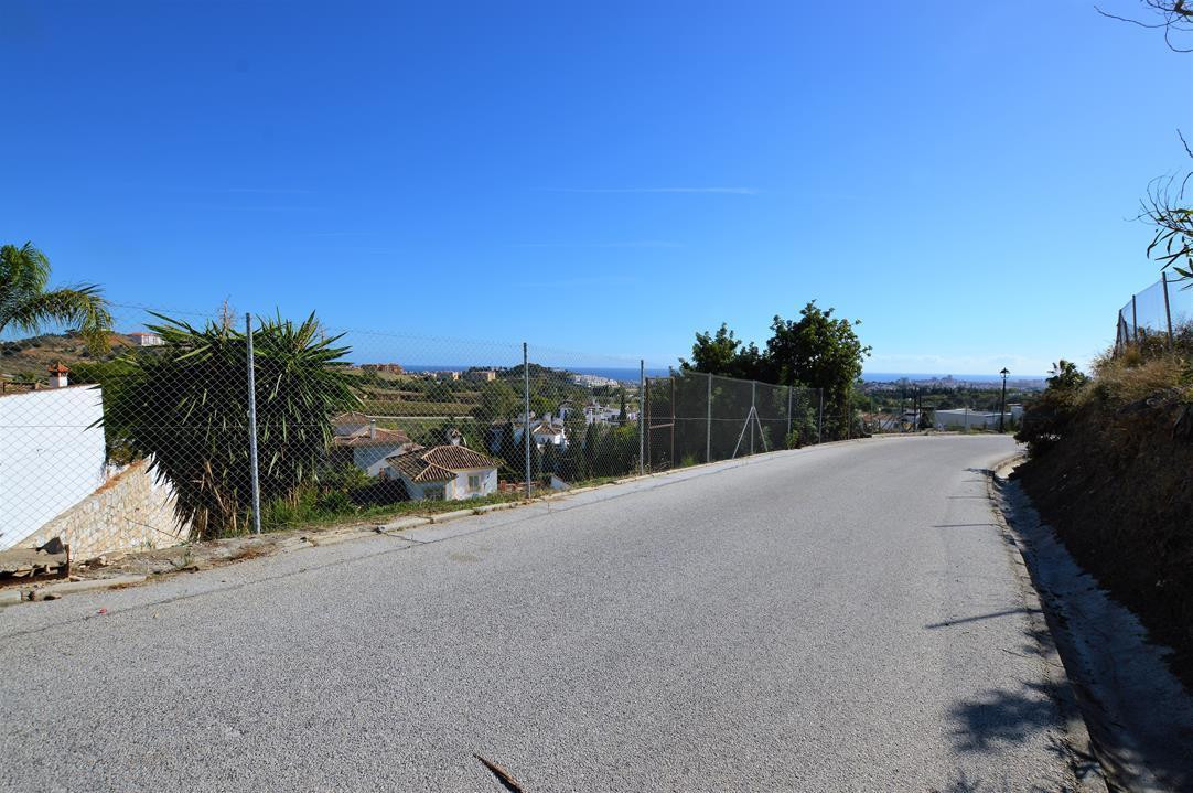 Residential Plot, Mijas, Costa del Sol. Garden/Plot 814 m².  Setting : Urbanisation. Orientation : S,Spain