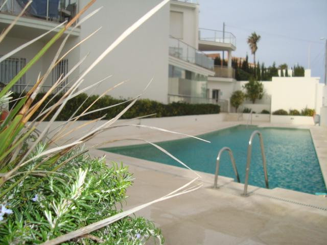 Magnificent 2 bedroom apartment in second line beach in a newly built building, built with top quali, Spain