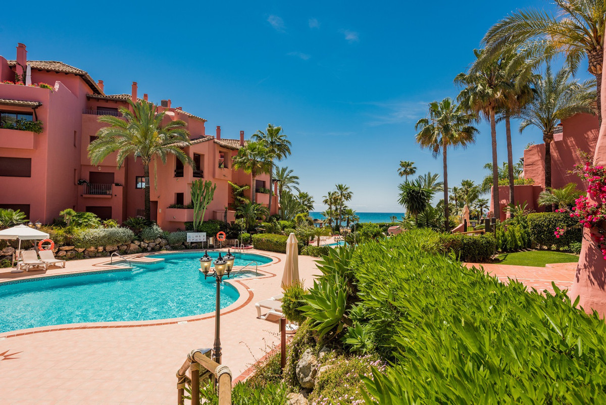 Al Menara Beach, New Golden Mile  Situated within an exclusive gated and secure frontline beach deve,Spain