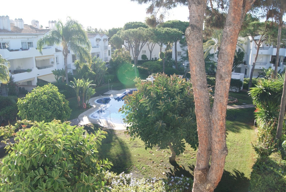 Located in one of the area's best loved complexes, this three bedroom duplex penthouse offers sp, Spain