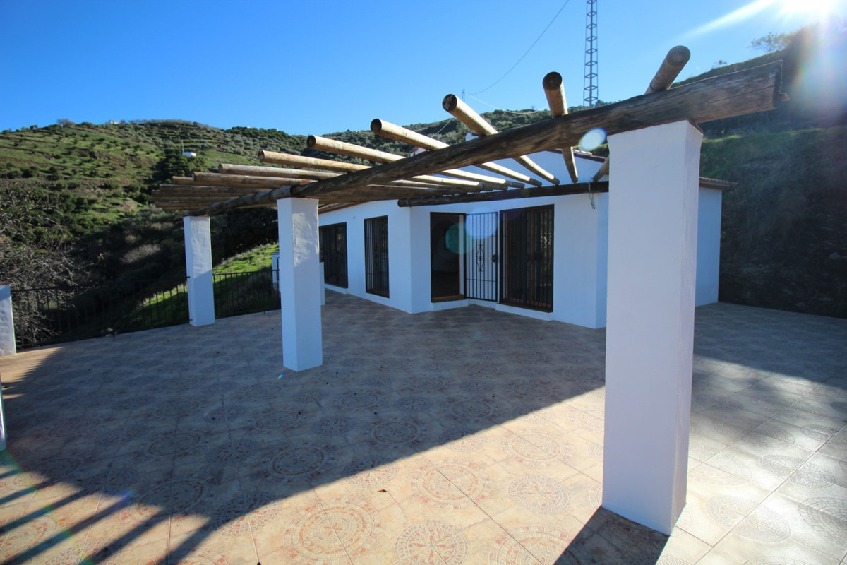 Large estate with spectacular views of nature in Competa, is distributed in a large living room with,Spain