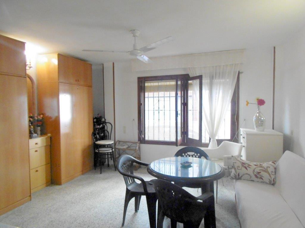Location, location, location! Ground floor studio ideal for holidays for sale in Fuengirola third li, Spain
