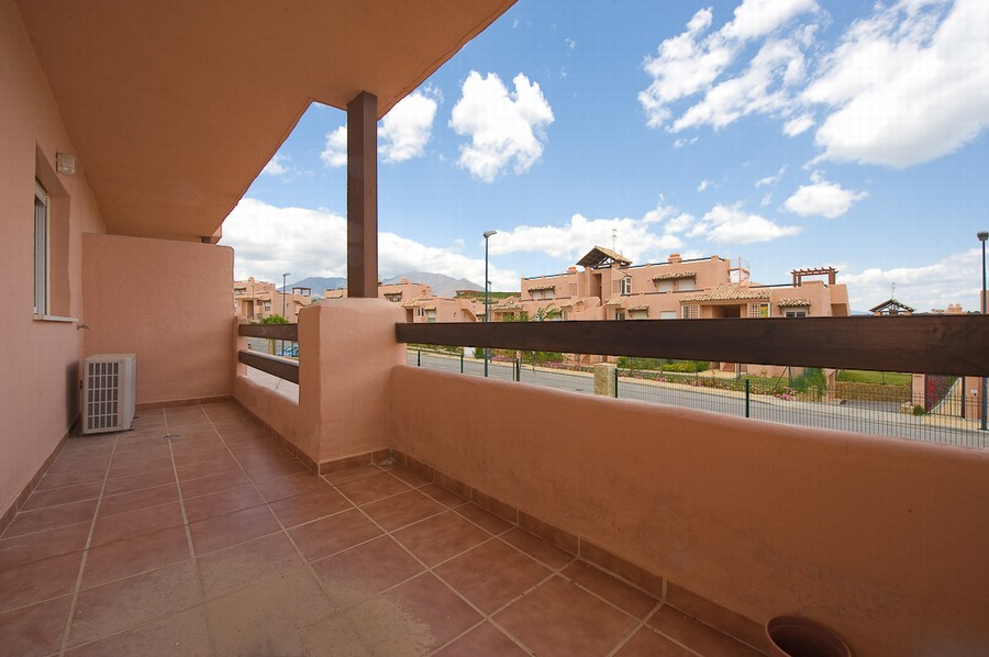 Priced for a quick sale.  A ground floor apartment located just a short stroll away from the beautif,Spain